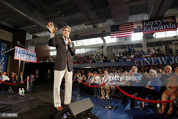 Democratic presidential candidate US Senator John Kerry John Kerry speaks to unemployed workers at Central Piedmont Community College August 20 2004...