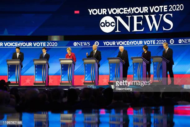 Democratic presidential candidates from left Andrew Yang founder of Venture for America Pete Buttigieg former mayor of South Bend Senator Elizabeth...