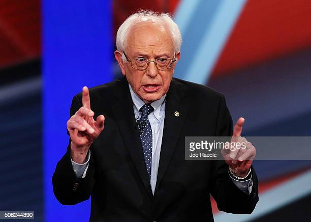 Democratic Presidential candidates Sen Bernie Sanders speaks during a CNN and the New Hampshire Democratic Party hosted Democratic Presidential Town...