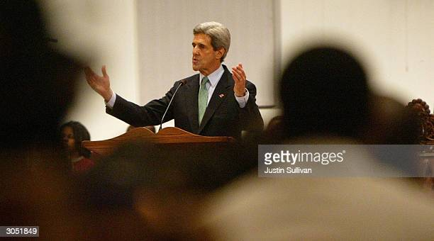 Democratic presidential hopeful and US Senator John Kerry speaks during church services at the Greater Bethlehem Temple Apostolic Faith Church March...