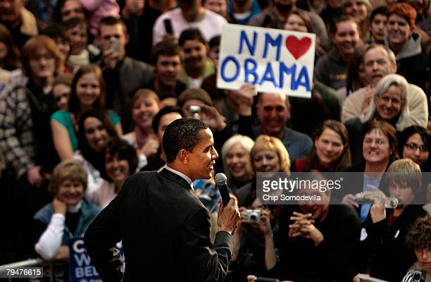 Democratic presidential hopeful Sen Barack Obama addresses a rally at Santa Fe Community College February 1 2008 in Santa Fe New Mexico Voters...
