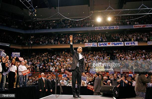 Democratic presidential hopeful Sen Barack Obama addresses a rally of about 14000 people at the Taco Bell Arena at Boise State University February 2...