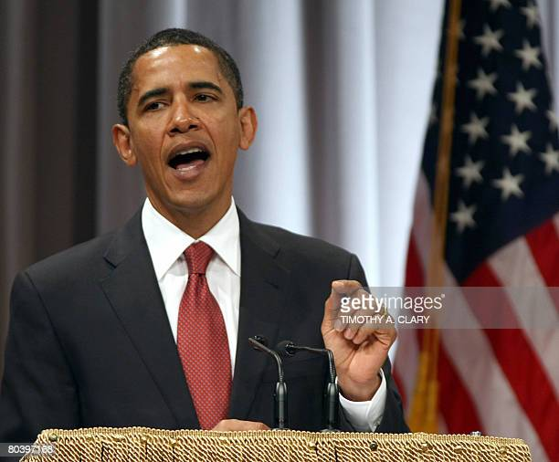Democratic presidential hopeful Sen Barack ObamaDIL speaks in the Great Hall of New York's Cooper Union on March 27 2008 Obama Thursday vowed to...