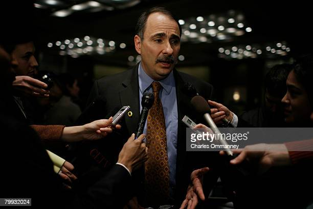 Democratic presidential hopeful Sen Barack Obama's senior advisor David Axelrod speaks with the media before a Super Tuesday primary campaign rally...