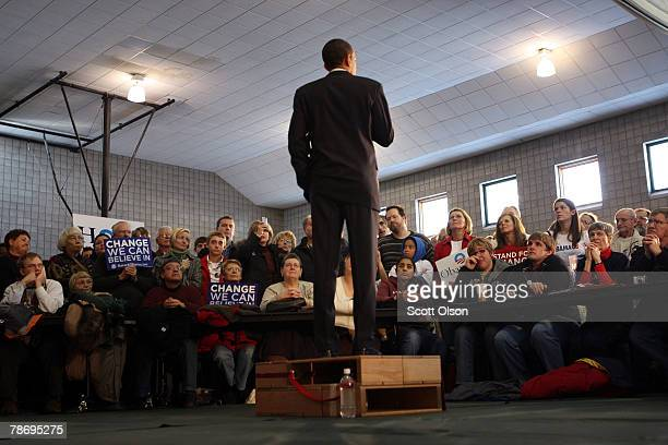 Democratic Presidential hopeful Senator Barack Obama speaks to voters from a makeshift soapboxstyle podium during a rally at Friendly House gymnasium...