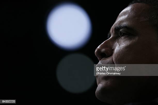 Democratic presidential hopeful U.S Senator Barack Obama addresses the American Israel Public Affairs Committee Policy Conference at the Washington...