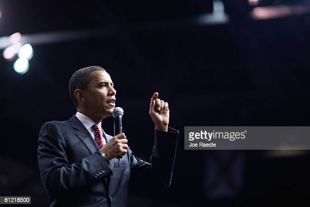 Democratic presidential hopeful US Senator Barack Obama speaks during a Broward County campaign rally at the BankAtlantic Center May 23 2008 in...