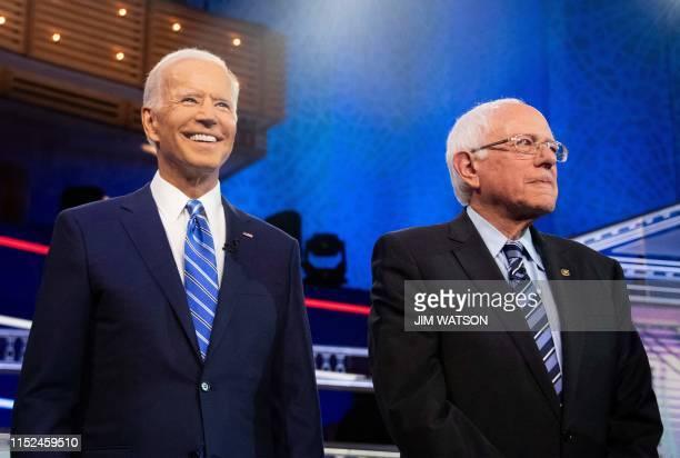 Democratic presidential hopefuls Former US Vice President Joseph R Biden and US Senator for Vermont Bernie Sanders participate in the second...