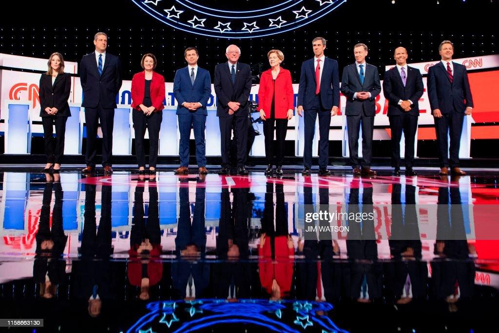 US-VOTE-2020-DEMOCRATS-DEBATE : News Photo