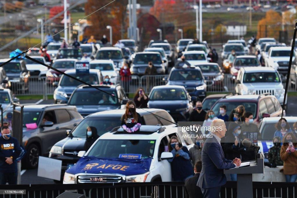 US-VOTE-ECONOMY : News Photo