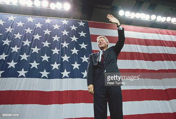 Democratic presidential nominee Bill Clinton acknowledges the crowd at a campaign appearance in Louisville Kentucky in the days before the 1992...