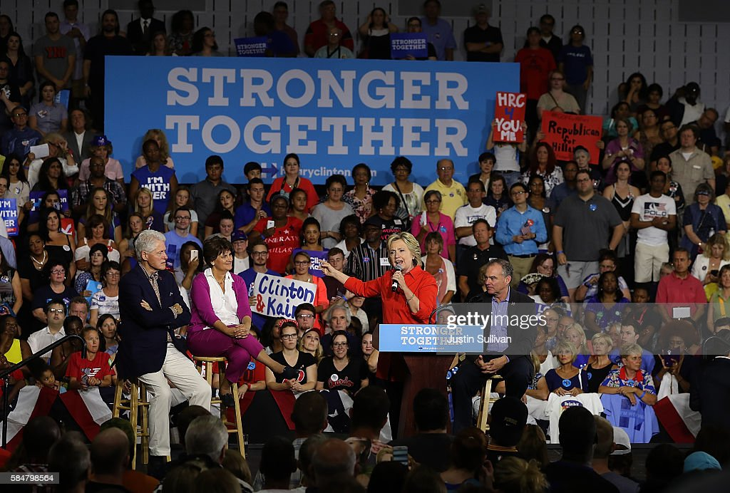 Hillary Clinton And Tim Kaine Take Campaign Bus Tour Through Pennsylvania And Ohio : News Photo