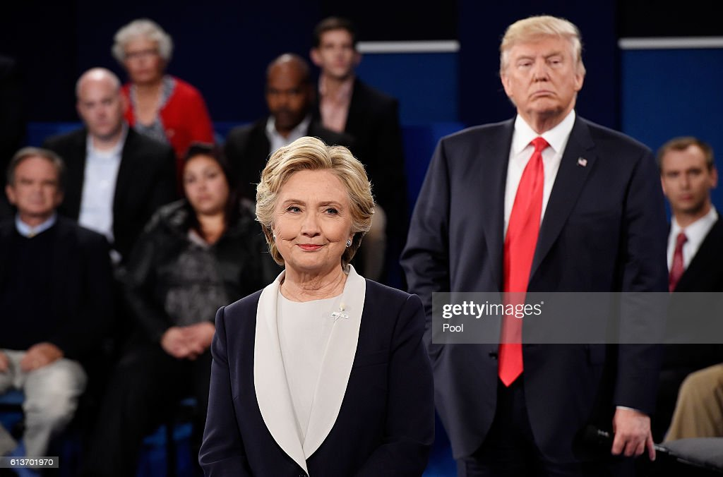 Candidates Hillary Clinton And Donald Trump Hold Second Presidential Debate At Washington University : News Photo