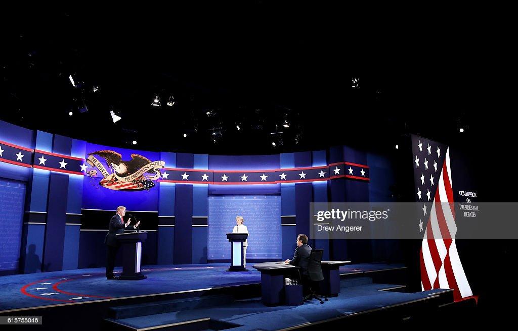 Final Presidential Debate Between Hillary Clinton And Donald Trump Held In Las Vegas : Nachrichtenfoto