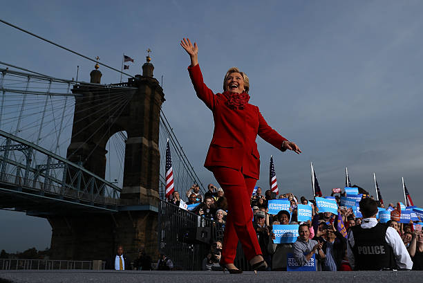 Hillary Clinton Campaigns In Ohio Ahead Of Election