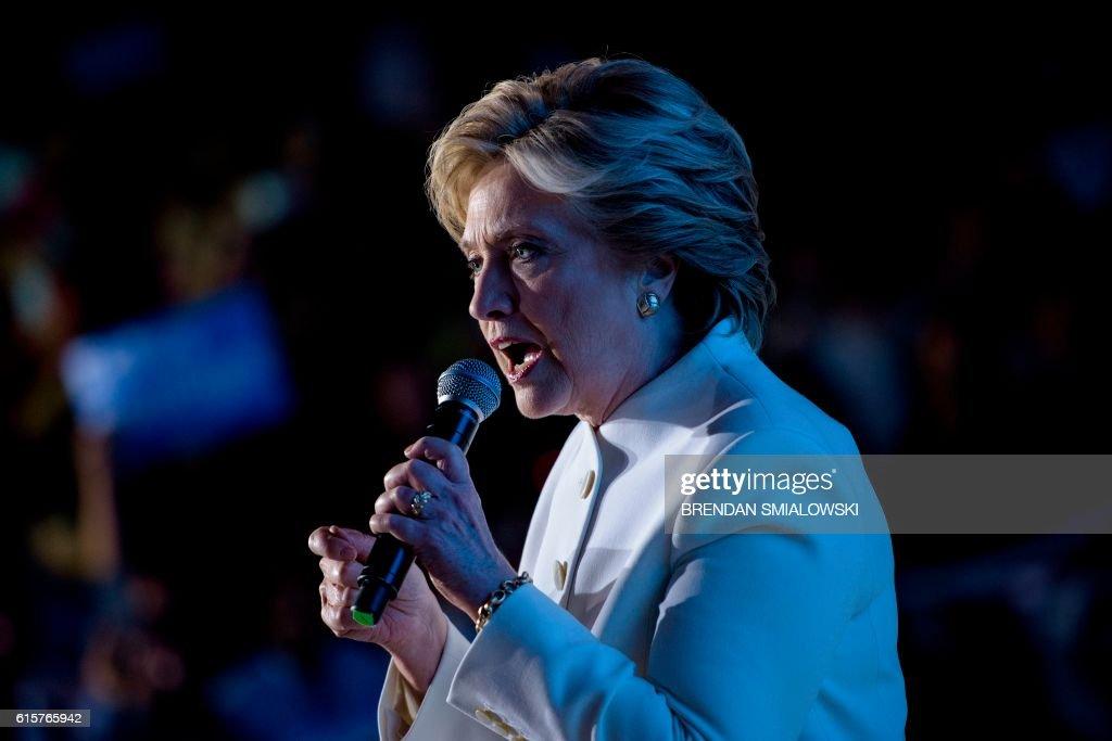 TOPSHOT-US-POLITICS-ELECTION : Nachrichtenfoto