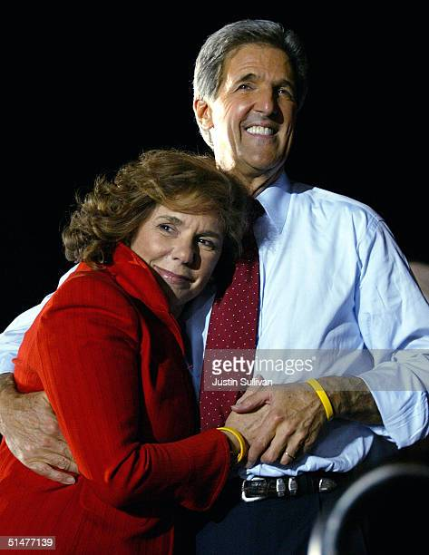 Democratic presidential nominee US Senator John Kerry hugs his wife Teresa HeinzKerry during a rally at the conclusion of the presidential debate...