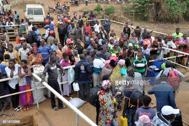 Democratic Republic of Congo, People boarding from Goma.