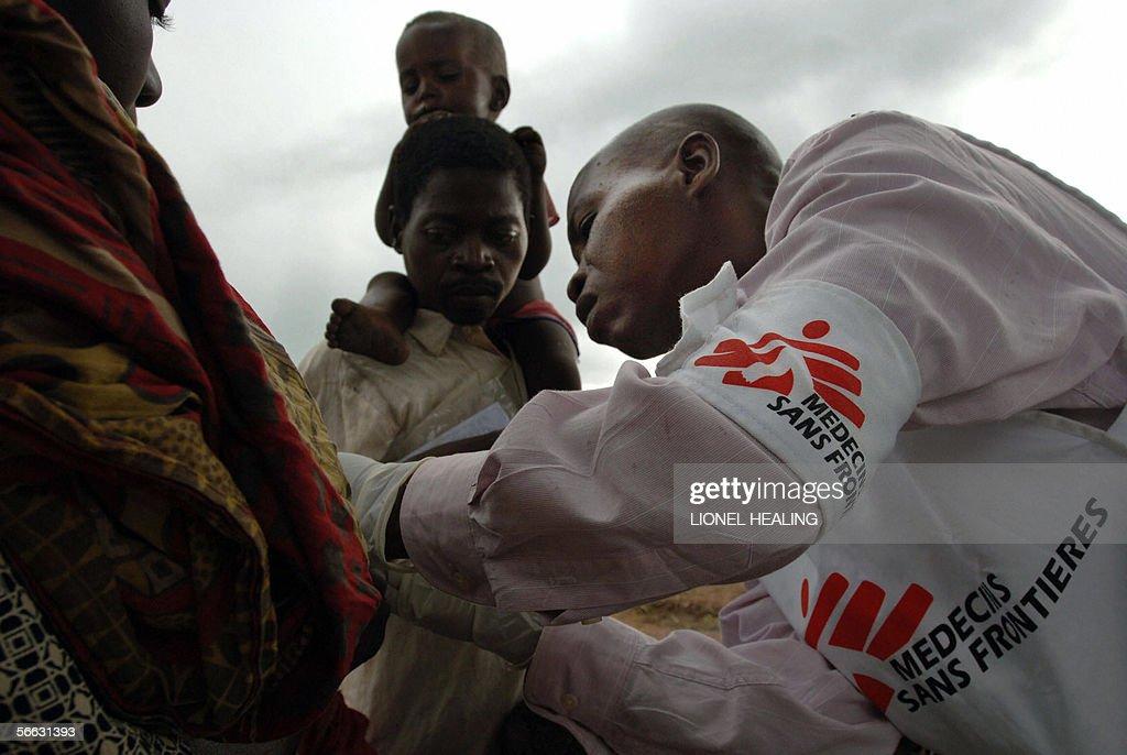 A Medecins Sans Frontiers worker (Doctor : News Photo