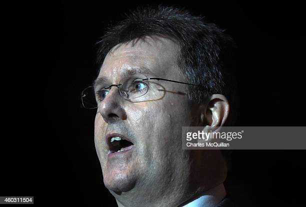 Democratic Unionist party MLA Jeffrey Donaldson gives an update regards the cross party talks at Stormont on December 11 2014 in Belfast Northern...