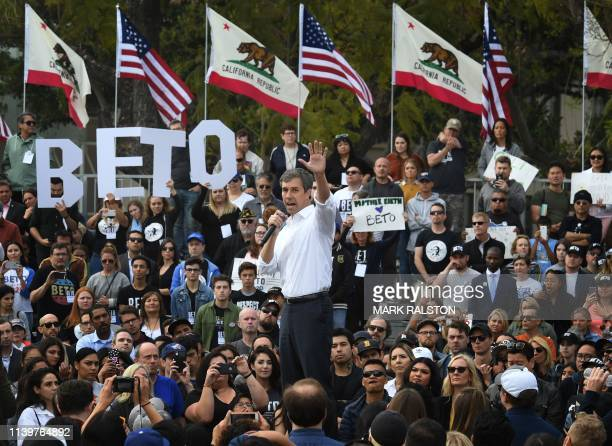Democratic US presidential candidate Beto O'Rourke speaks to supporters during a campaign rally at the start of his four-day visit to the state, in...