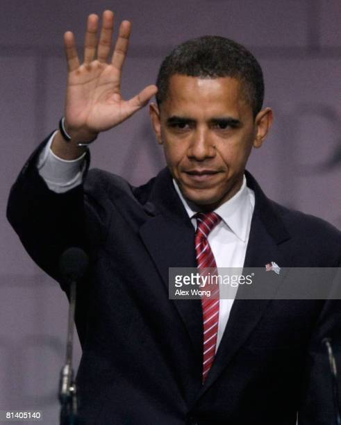 Democratic US presidential candidate Sen Barack Obama waves after he addressed the 2008 American Israel Public Affairs Committee Policy Conference at...
