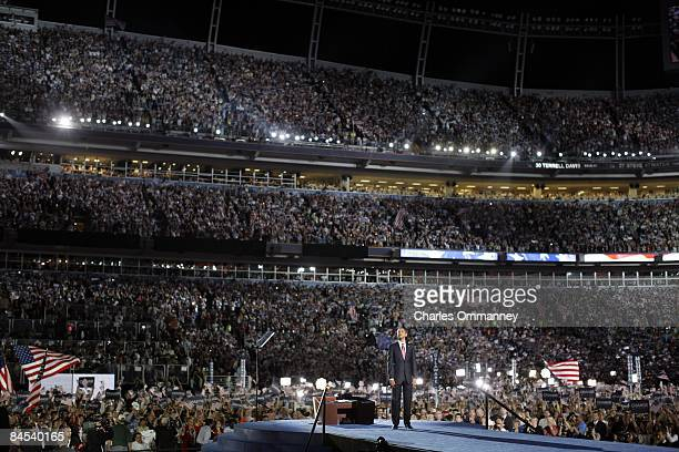 Democratic U.S. Presidential nominee Sen. Barack Obama with running mate U.S. Sen. Joe Biden , Michelle Obama, Jill Biden, and daughters Malia and...