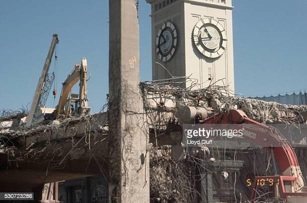 demolishing the embarcadero freeway - loma prieta earthquake stock pictures, royalty-free photos & images