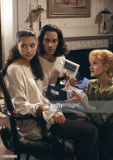 SISTERS Demons Episode 3 Aired 10/9/1993 Pictured Ashley Judd as Reed Halsey Philby Paul Rudd as Kirby Philby Swoosie Kurtz as Alexandrea 'Alex' Reed...