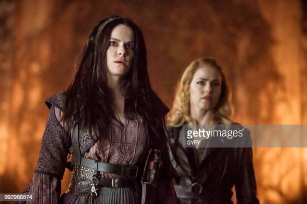 12 MONKEYS 'Demons' Episode 408 Pictured Emily Hampshire as Jennifer Goines Amanda Schull as Cassandra Railly