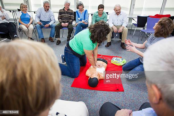 Demonstrating Chest Compressions