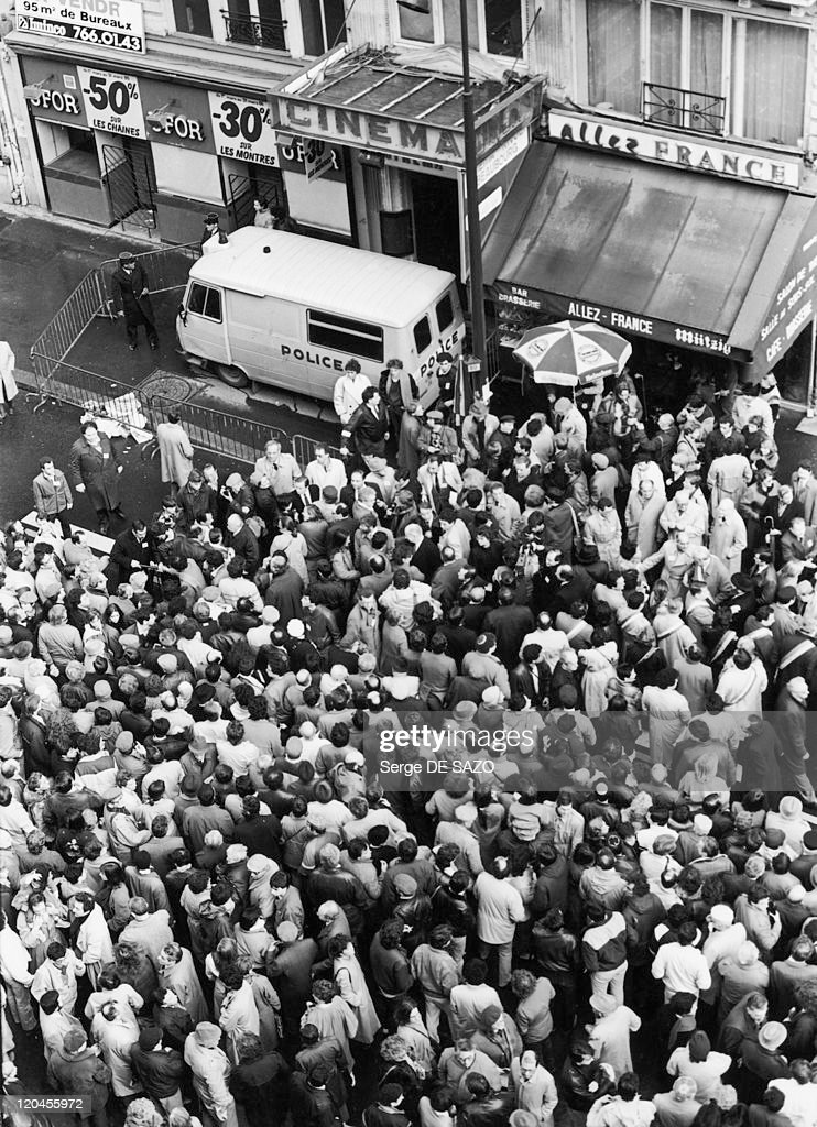 Demonstration Against Antisemitism Following A Bombing In Paris, France On March 22, 1985 - : Photo d'actualité