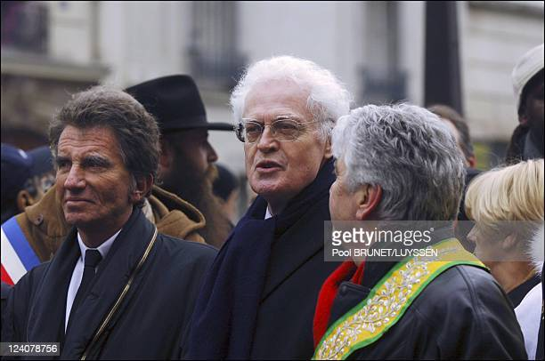 Demonstration against racism and antisemitism in memory of Ilan Halimi in Paris France on February 26 2006 Jack Lang and Lionel Jospin