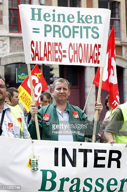 Demonstration against the reforms of pensions and 35 hours in Lille France on June 17th 2008 Employees of the Heineken brewery in Mons Baroeul have...