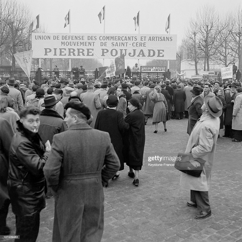 Mass Demonstration Directed By Pierre Poujade At The Porte De Versailles In 1955 : News Photo