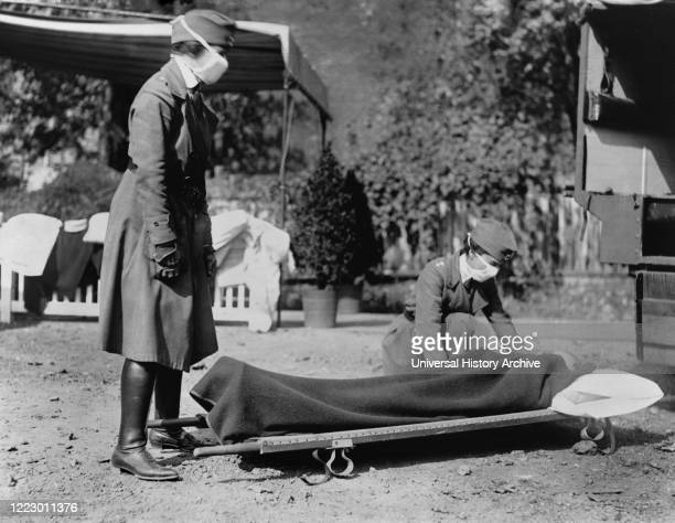 Demonstration at the Red Cross Emergency Ambulance Station during the Influenza Pandemic, Washington, D.C., USA, National Photo Company, 1918