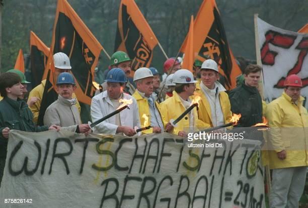 Demonstration der Bergarbeiter in Bonn gegen den Abbau von Subventionen und Arbeitsplätzen im Steinkohlebergbau