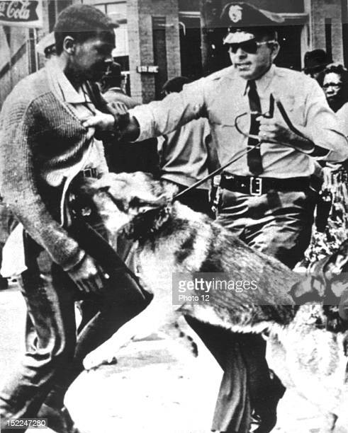 Demonstration for the civil rights in Montgomery police repression United States New York Schomburg Center