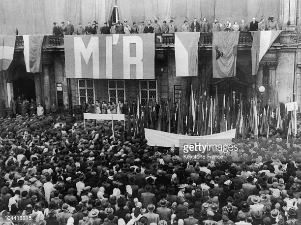 Demonstration In Favor Of Peace, Organized By The Czechoslovakian Committee Of The World Peace Congress, In Prague On April 15 Before Being Held In...