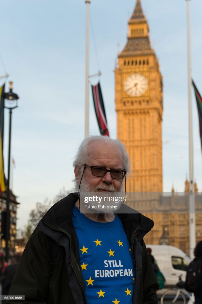 Demonstration in support of guaranteeing the rights of EU citizens in the UK post-Brexit is held in Parliament Square while the MPs vote in the House of Commons on the Labour amendments to the Article 50 bill, on March 13, 2017 in London, England. The protesters demand the amendments are passed before Britain enters the negotiations on the terms of leaving the EU. Wiktor Szymanowicz / Barcroft Images hello@barcroftmedia.com - +1 212 796 2458 +91 11 4053 2429