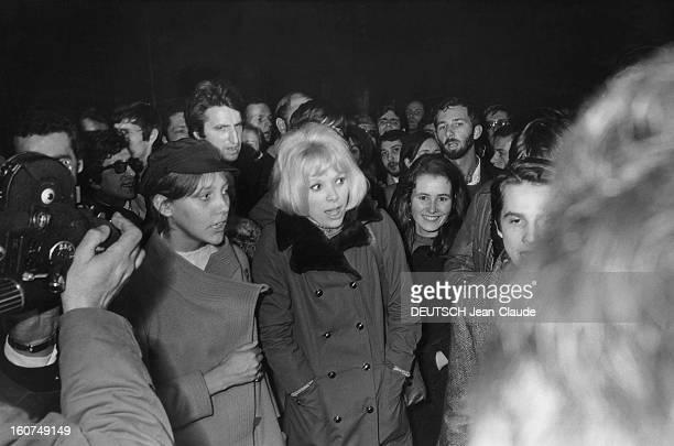 Demonstration In Support Of Henri Langlois Le 8 février 1968 Henri Langlois a été limogé de la Cinémathèque française par décision gouvernementale Le...