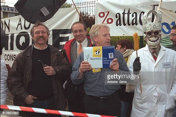 Demonstration in the context of 'anti-GMO'-day organized by Conf{d{ration paysanne in the presence of J.Bove and F.Dufour, president of Attac. They...