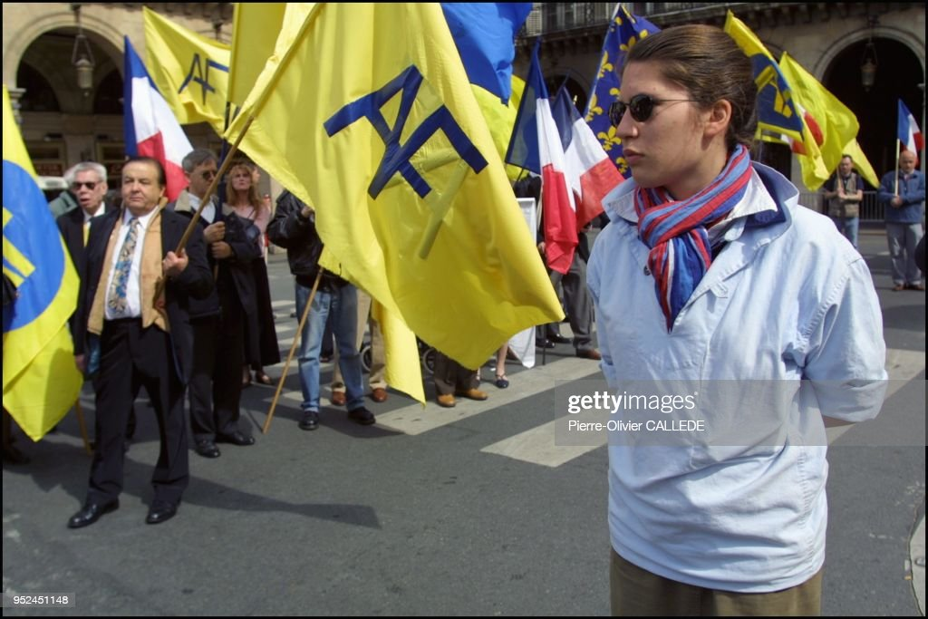 Demonstration of Action Francaise, a royalist Catholic far right wing movement following the teachings of alleged collaborationist Charles Maurras. : Photo d'actualité