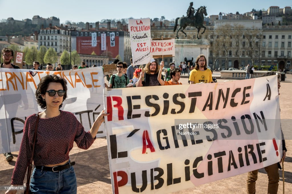 FRA: Demonstration On The Occasion Of The International Anti-Advertising Day In Lyon