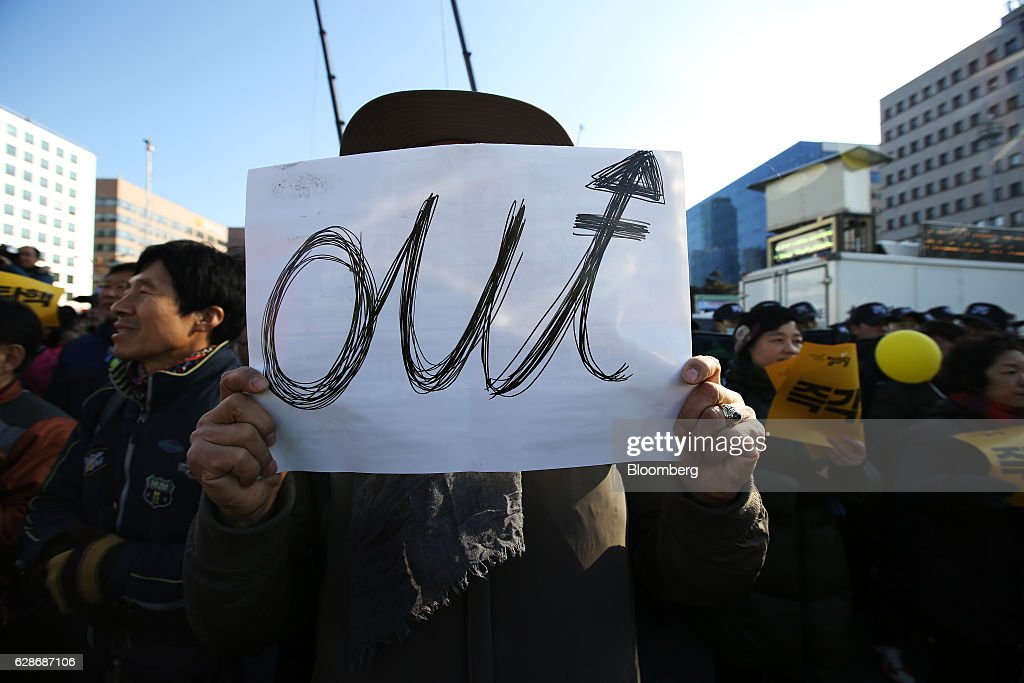 Parliament Vote On Impeachment of South Korea's President Park Geun-hye : News Photo