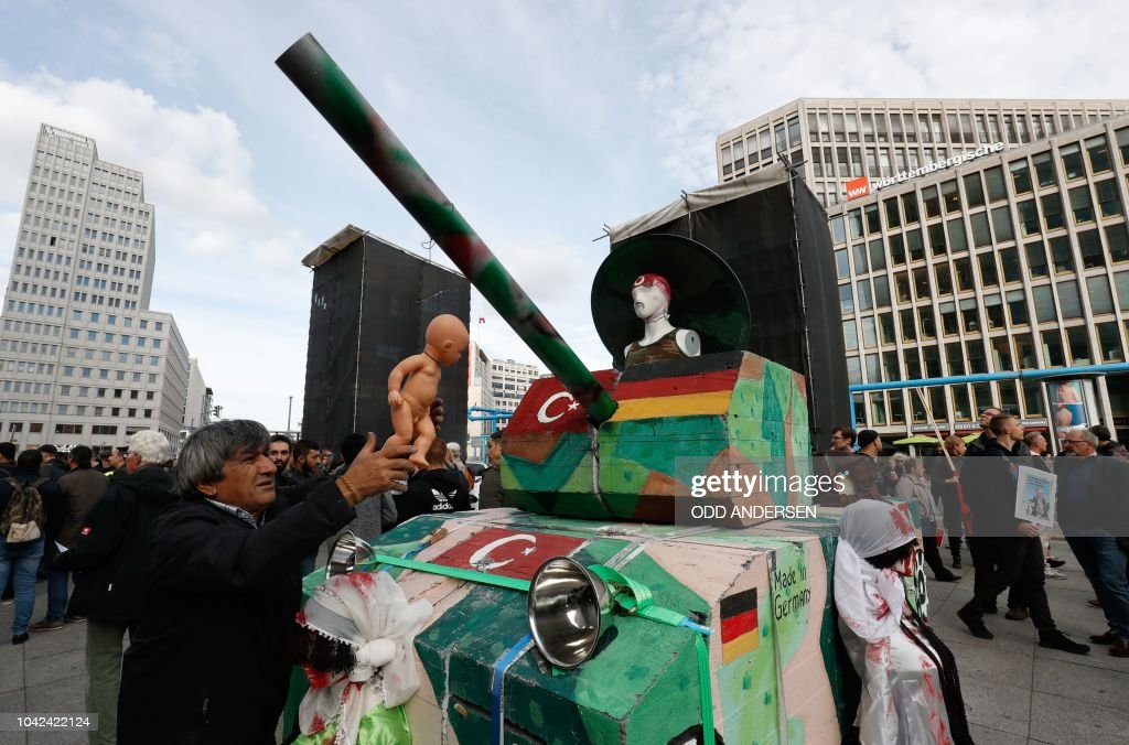 GERMANY-TURKEY-POLITICS-DIPLOMACY-DEMO : News Photo