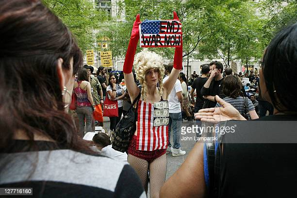 Demonstrators attend the OccupyWallStreet protest at Zuccotti Park on September 30 2011 in New York City