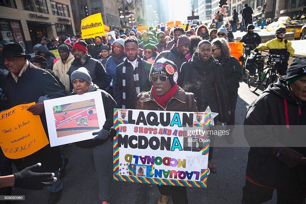 Activists Protest Chicago Police Department, Rahm Emanuel : News Photo