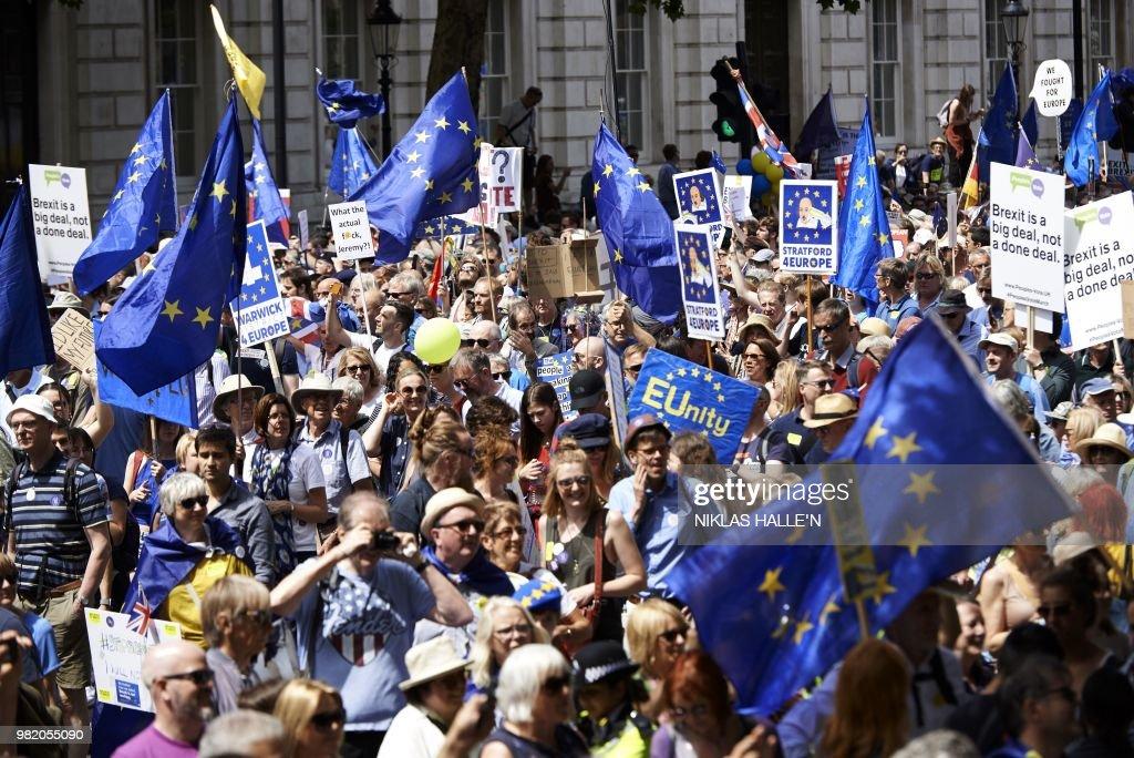 BRITAIN-EU-BREXIT-PROTEST : News Photo