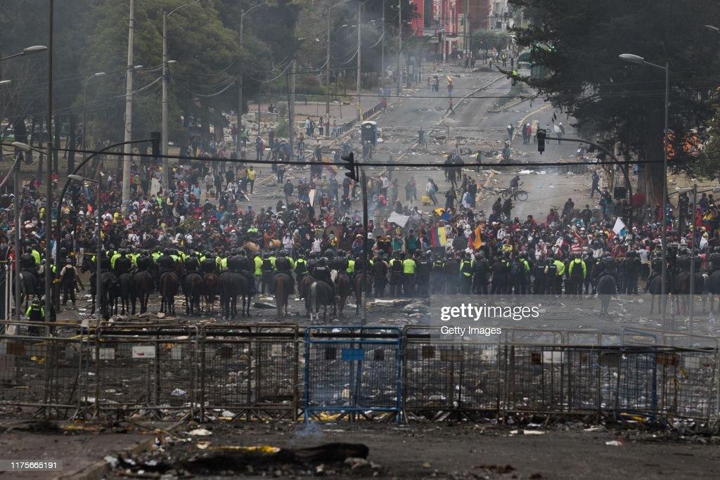 CONAIE And Ecuadorian Government First Meeting : News Photo